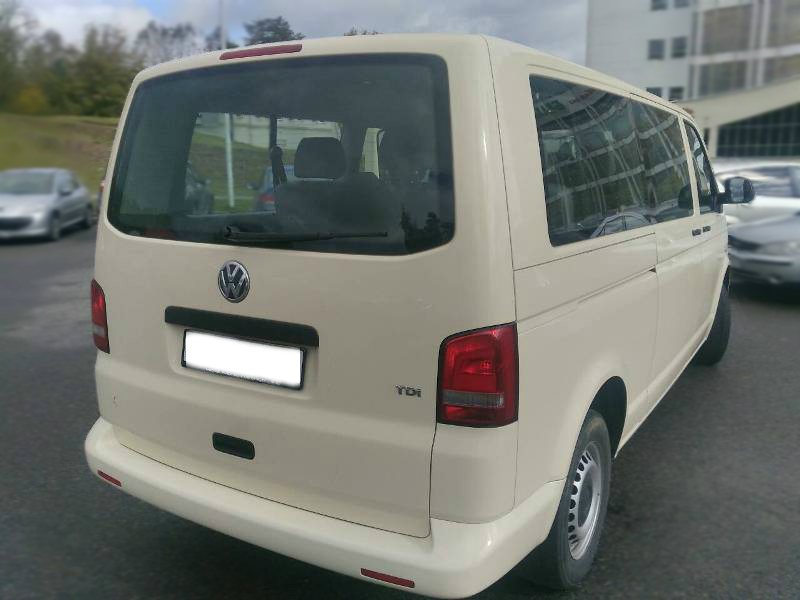 VW Caravelle 2
