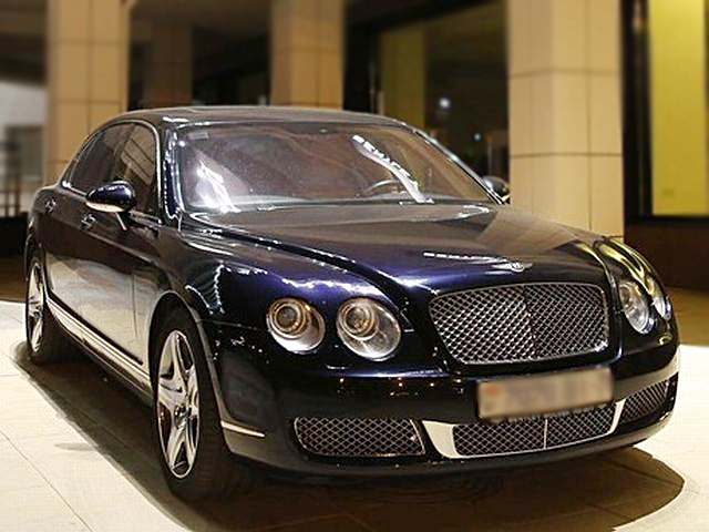 Фотография Bentley Continental Flying Spur 6.0